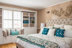 интерьер, спальня, цвет, подушки, кровать