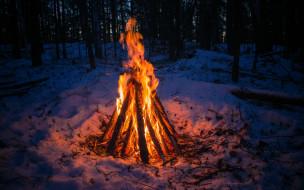лес, Урал, костер, зима, у огня, одиночество, тепло, снег, поселок Исеть