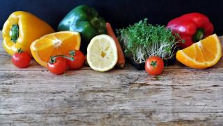 помидоры, кресс, перец, апельсин, лимон