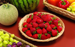 арбуз, дыняа, клубника, овощи, фрукты, едягоды