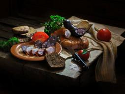натюрморт, еда, хлеб, колбаса, помидоры, томаты, зелень