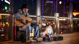 машина, гитара, шляпа
