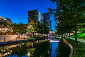деревья, дома, отражение, огни, канал, вода, Woodlands Waterway, вечер, небо, США, Техас