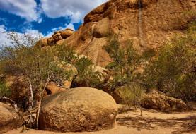 деревья, Erongo Mountain, небо, камни, скалы, облака, солнце, Эронго, Erongo, Намибия, горы, Namibia