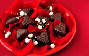 конфеты, сердечки, лепестки, шоколадные