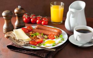 помидоры, глазунья, фасоль, завтрак, сосиски, сок