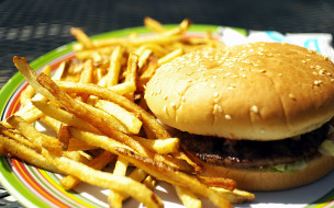 гамбургер, картофель, фри