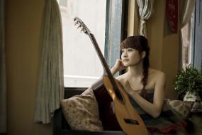обои для рабочего стола 1920x1280 музыка, -другое, комната, окно, гитара, взгляд, девушка