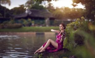 обои для рабочего стола 1920x1192 музыка, -другое, девушка, природа, водоем, взгляд, скрипка