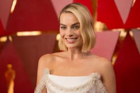 актриса, блондинка, улыбка