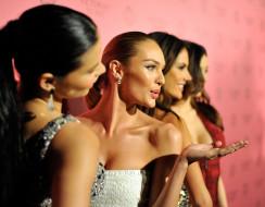 разное, знаменитости, miranda, kerr, candice, swanepoel, alessandra, ambrosio, adriana, lima, улыбки, модели, девушки
