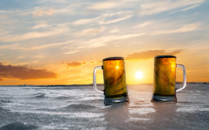 закат, пена, пиво, бокалы