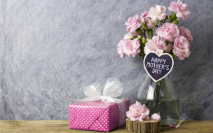 gift, розовые, подарок, happy, wood, beautiful, цветы, flowers, vintage, лепестки, pink, romantic