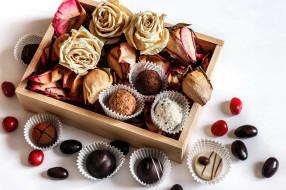 конфеты, лепестки, ассорти