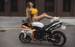 sitting, belly, socks, Women, blonde, women with motorcycles, tanned, sneakers, women outdoors, pierced navel, yellow bikinis
