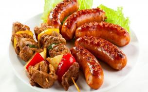 колбаски, мясо, шашлык