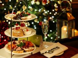 праздничные, угощения, елка, бутерброды, пирожные