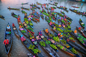vegetables, foodstuffs, merchandise, products, canoes, trade