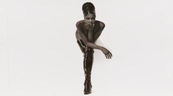 Naomi Campbell обои для рабочего стола 5097x2825 naomi campbell, девушки, naomi, campbell, модель, поза, мулатка, чернокожая, темнокожая