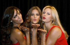 разное, знаменитости, поцелуй, девушки, модели