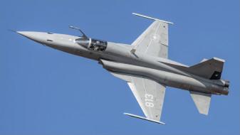 самолёт, F-5