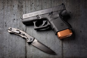 glock 26 and zt knife, оружие, пистолеты, ствол