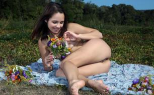 xxx, цветы, луг, поза, девушка, голая, alma, emmy, грудь, фон, взгляд