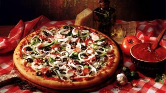 еда, пицца, соус, чеснок