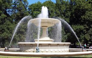 фонтан, парк