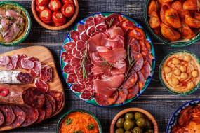 колбаса, нарезка, икра, мясо, блюда, оливки, помидоры