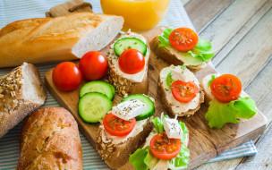 томаты, помидоры, сыр, бутерброды, хлеб