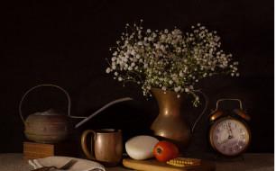 еда, натюрморт, печенье, лук, цветы, будильник, букет