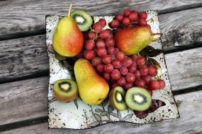 киви, виноград, груши