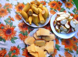 бананы, еда, бутерброды, хлеб, яблоки, сыр, колбаса