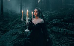 ситуация, девушка, The Black Widow, посвечник, Adam Bird, свечи, папоротник, лес