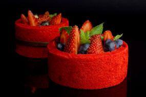 десерт, пирожное, ягоды