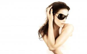 девушки, liv tyler, очки, шатенка, актриса