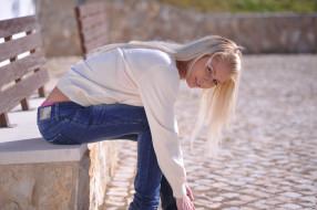 Annely Gerritsen, девушка, модель, блондинка, красотка, макияж, поза, взгляд