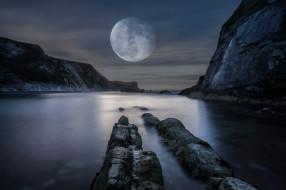 горы, море, огромная, берег, луна, скалы, ночь, водоем, полнолуние