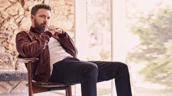 мужчины, ben affleck, кресло, куртка, борода, актер