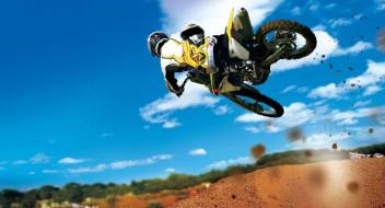 спорт, мотокросс, прыжок, небо, мотоцикл, мотоциклист, грязь, горка