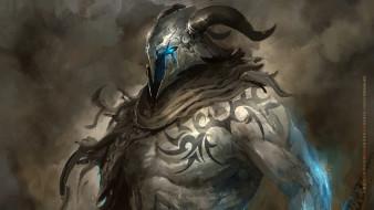 шлем, тату, рога