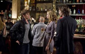 кино фильмы, 90210, разговор, бокал, бар, парни, девушка