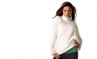 модель, свитер