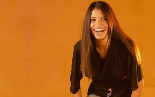 модель, смех, блузка