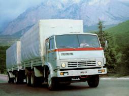 Старейшина модельного ряда Камского AWтозавода (ранее а/м был известен как десятитонник КАМАЗ-53212) .