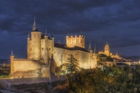 alcazar y catedral de segovia, города, - католические соборы,  костелы,  аббатства, простор
