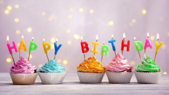капкейки, кексы, свечи, поздравление