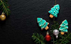fir tree, ветки ели, Merry, gingerbread, пряники, cookies, decoration, New Year, wood, Christmas, Рождество, печенье, Новый Год, украшения