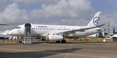 superjet 100, аэропорт, sukhoi, сухой, самолет